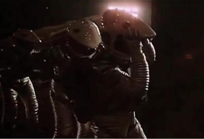 """Zwiastun """"2001: Odyseja kosmiczna"""" (1968) w stylu techno"""
